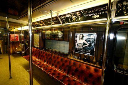 HBO décore un métro pour Deadwood
